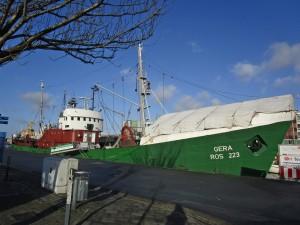 70-15 Museumsschiff präsentiert sich mit weisser Mütze