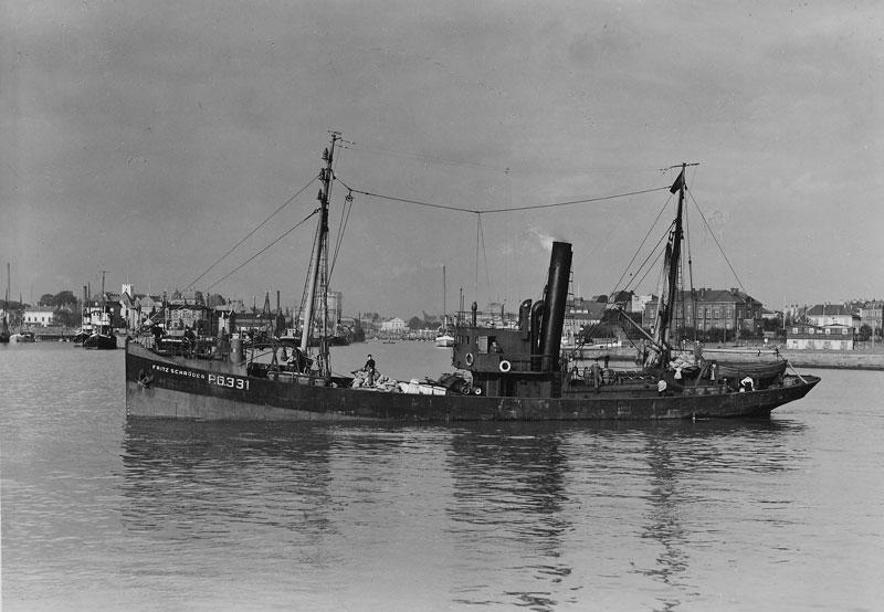 Fish trawler FRITZ SCHRÖDER